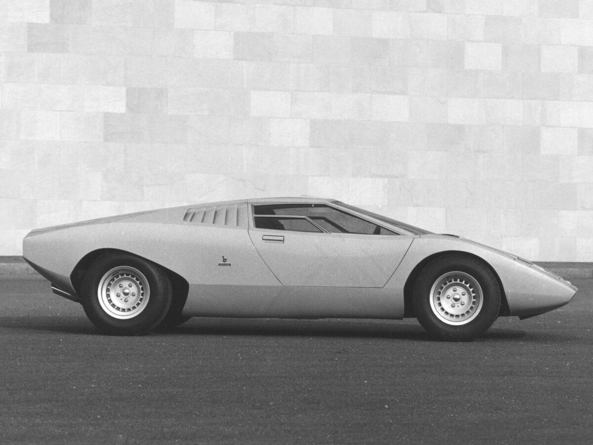 CC10 - Automobili Lamborghini - Countach LP500